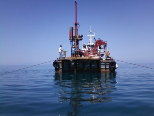 Vedi album Sondaggi Geognostici a mare (off-shore)