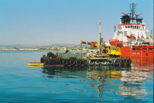 sonda su pontone - Porto grande Siracusa (6).JPG