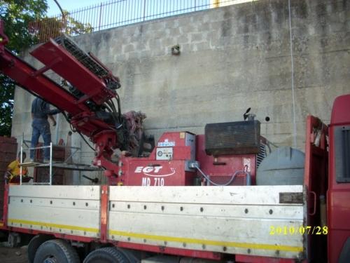 Perforazione e Posa di Tiranti in Trefolo - Da autocarro.JPG