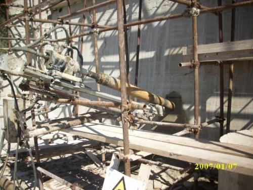Perforazioni pe posa Tiranti- Attrezzatura da ponteggio (5).JPG