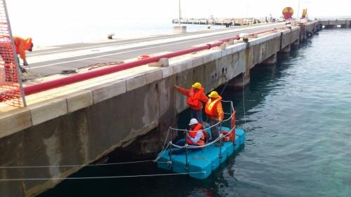 Ispezione Delle Strutture di un  Pontile Chiapparo Taranto.JPG